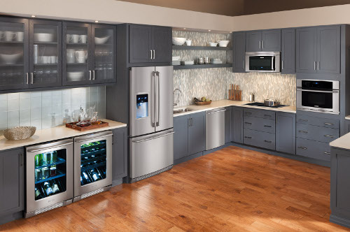 Expansive kitchen appliances displays at our Showrooms